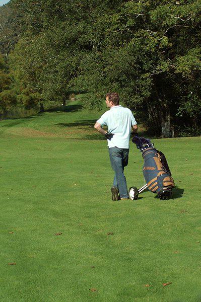 Golfer op de green in de Puy-de-Dôme
