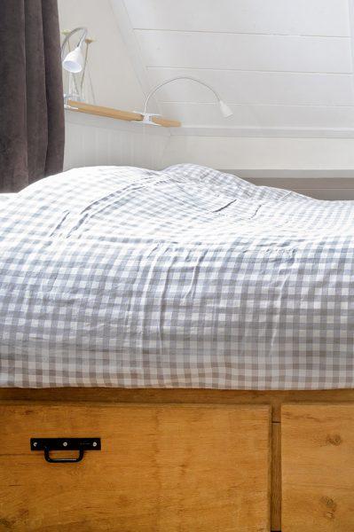 Bed slaapkamer vakantiehuis Murol