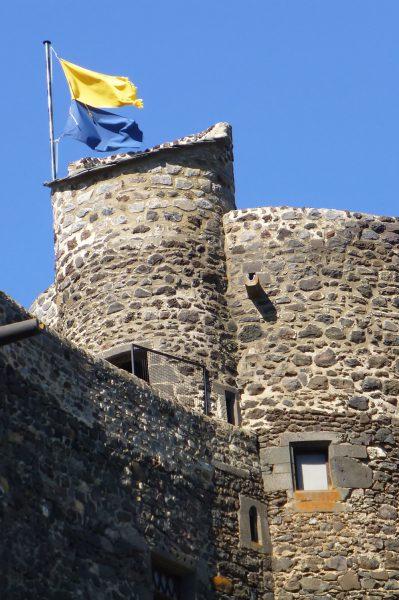 Kasteeltoren van kasteel Murol