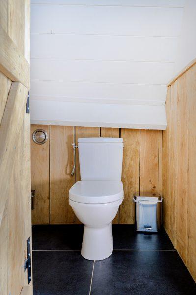 2de Toilet slaapkamer vakantiehuis Murol