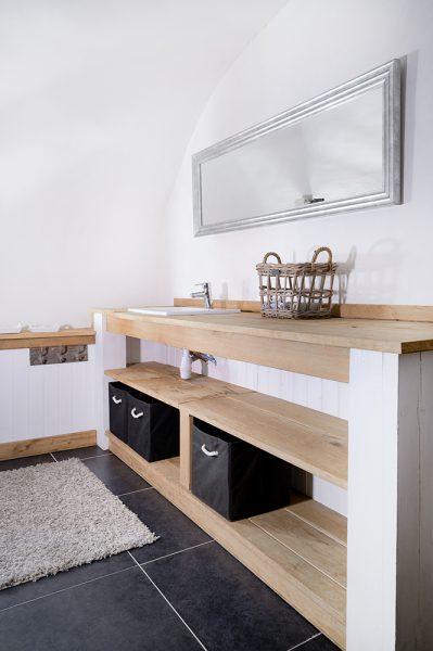 Vakantiehuis Murol badkamer badmeubel