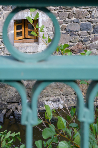 De authentieke Franse sfeer van het vakantiehuis